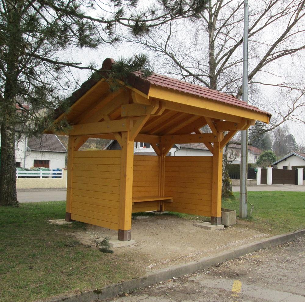 abris bus tonnaire constructions bois. Black Bedroom Furniture Sets. Home Design Ideas